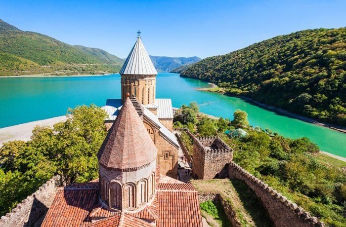 Азербайджан и Грузия на 1 Мая